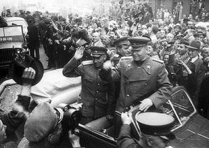 В Праге началось вооруженное восстание против гитлеровских оккупантов