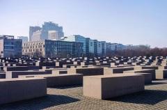 В Берлине открыт мемориал жертвам Холокоста