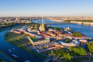 Петр I заложил Петропавловскую крепость. Эта дата стала днем основания Санкт-Петербурга