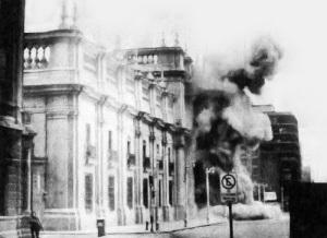 В результате военного переворота в Чили к власти пришла военная хунта во главе с генералом Пиночетом
