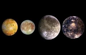 Галилео Галилей открыл спутники Юпитера