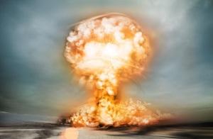 Никита Хрущев заявил миру о создании в СССР водородной бомбы