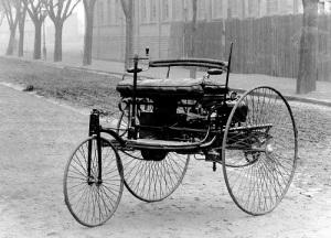 День рождения автомобиля — Карл Бенц получил патент на свой первый автомобиль