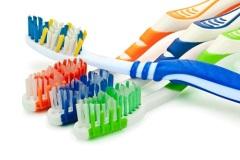 Bыпущена первая в мире зубная щетка с искусственным синтетическим волокном