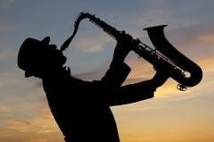 Впервые в печати упомянуто слово «джаз»