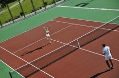 Впервые проведена игра в большой теннис