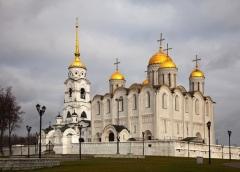 Князь Андрей Боголюбский заложил Успенский собор во Владимире