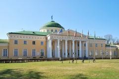 По случаю взятия Измаила Григорий Потемкин устроил для Екатерины II грандиозный праздник в новооткрытом Таврическом дворце