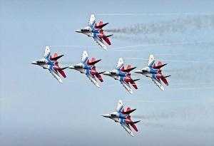 День рождения авиационной пилотажной группы «Стрижи»