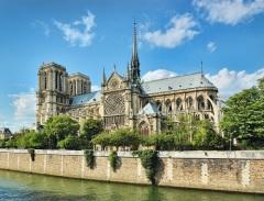 Начались торжества по случаю 850-летия Собора Парижской Богоматери (Нотр-Дам де Пари)