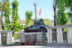 Симферополь освобожден от немецко-фашистских захватчиков