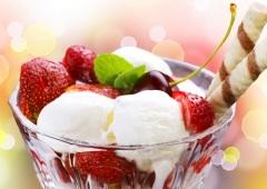 День рождения мороженого «Сандэ»