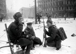 Завершилась Будапештская наступательная операция, в результате которой Будапешт был освобожден от немецко-фашистских захватчиков