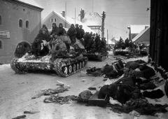Завершилась Восточно-Прусская стратегическая наступательная операция советских войск