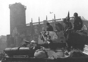 Завершилась Пражская наступательная операция советских войск, в ходе которой Прага освобождена от фашистских захватчиков