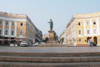 Памятник А.-Э. Ришелье