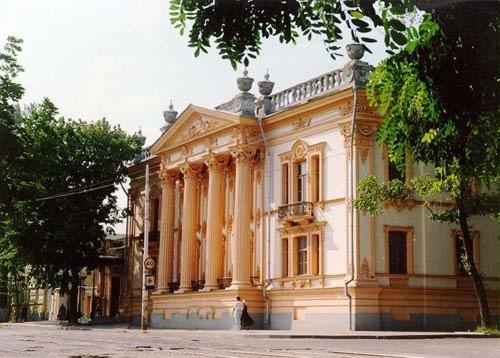 Продолжение следует.  Дворец Алфераки.  А ныне, краеведческий музей Таганрога.