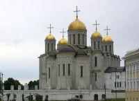 Успенский собор внутри расписан Андреем Рублевым