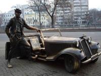 Памятник Юрию Никулину на Цветном бульваре