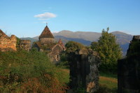 Село Санаин, место рождения А.И. Микояна. Монастырь (Фото: В.Прокофьев, www.hraam.ru)