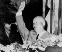 Н.С. Хрущёв на митинге строителей ГЭС (1957 год)