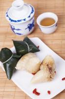 Традиционное блюдо zongzi (Фото: qingqing, Shutterstock)