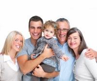 Сегодняшний день благоприятен для спокойного общения с семьей, друзьями, близкими. Фото: Shutterstock