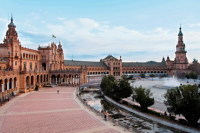 Полукруглая площадь Испании (Фото: Barone Firenze, www.shutterstock.com)
