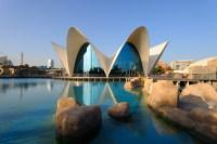Океанографический парк в Городе искусств и наук (Фото: Mircea BEZERGHEANU, Shutterstock)