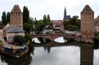Крытые мосты на фоне Страсбургского собора (Фото: lullabi, www.shutterstock.com)
