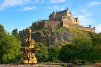 Эдинбургский замок (Фото: godrick, www.shutterstock.com)