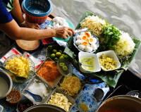 Одна из особенностей тайской кухни – возможность комбинировать различные вкусы и ингредиенты (Фото: gh19, www.shutterstock.com)