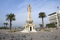 Часовая башня (Фото: GONUL KOKAL, www.shutterstock.com)