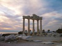 Храм Аполлона (Фото: karnizz, www.shutterstock.com)