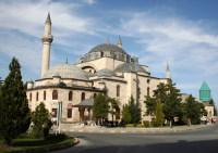 Сердце Коньи – музей-мечеть Мевляны (Фото: mehmetcan, www.shutterstock.com)