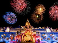 Крупнейший национальный праздник – Сонгкран (Фото: nodff, www.shutterstock.com)