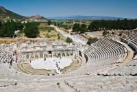 Античный театр в Эфесе – одна из концертных площадок фестиваля (Фото: Waj, Shutterstock)
