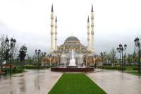 Мечеть «Сердце Чечни» (Фото: André Widmer Maiakinfo, ru.wikipedia.org)