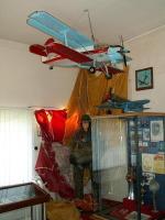 Часть экспозиции Курганского авиационного музея