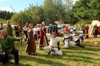Программа фестиваля насыщена мероприятиями, передающими атмосферу рыцарского турнира