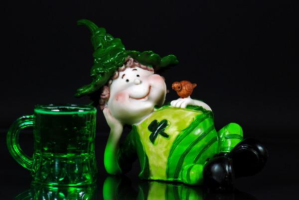 Лепреконы - непременные герои Дня святого Патрика (Фото: Maria Dryfhout, Shutterstock)