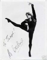 Годунов был прирожденным танцовщиком...