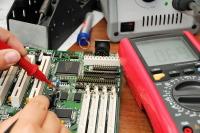 Считается, что большинство радио-технологий были сначала исследованы радиолюбителями (Фото: Mny-Jhee, Shutterstock)