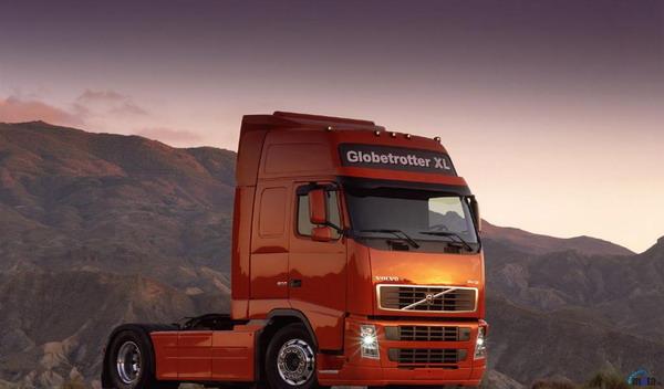 В честь своего 80-летия компания Volvo выпустит юбилейные грузовые автомобили FH и FH16.  Их отличает особый дизайн...