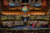 В Стокгольме король Швеции вручает премии в области физики, химии, физиологии и медицины, литературы и экономики