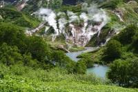 Долина Гейзеров в Кроноцком государственном биосферном заповеднике - одно из семи чудес России (Фото: DPS, Shutterstock)