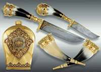Златоустовские мастера знамениты своим стилем декорирования оружия