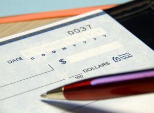 Пользователю достаточно заполнить краткую опросную форму и он получит сразу несколько предложений от различных страховых компаний.