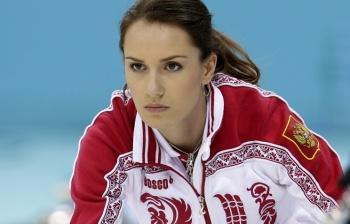 Анну Сидорову журналисты назвали второй звездой Олимпиады после Юлии Липницкой. Красота наших кёрлингисток никого не оставляет равнодушными (Фото: ИТАР-ТАСС)