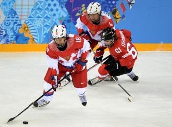 Российские хоккеистки, к сожалению, не прошли в полуфинал (Фото: foto.rg.ru)